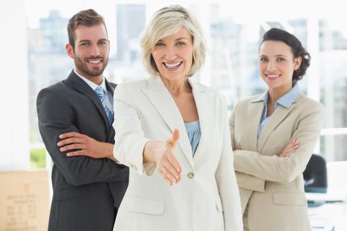 4 Möglichkeiten, um die Effizienz der HR-Abteilung durch automatisierten SMS-Kontakt zu verbessern [Gastbeitrag]